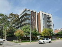 PENTHOUSE CONDO IN PORT CREDIT!